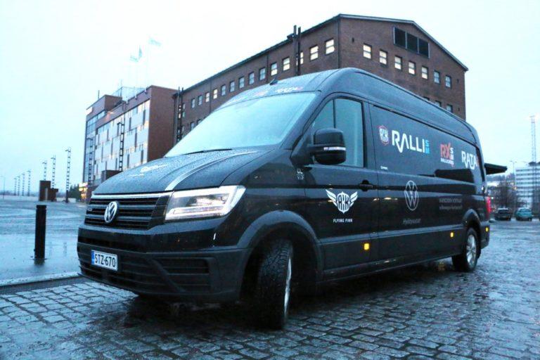 Volkswagen Hyötyautot jatkaa autourheilun nuorisotoiminnan tukemista