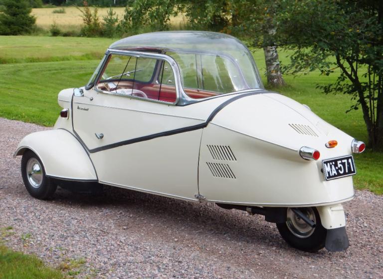 Messerschmitt KR 200 vuodelta 1955 etsii itselleen kevätheilaa!