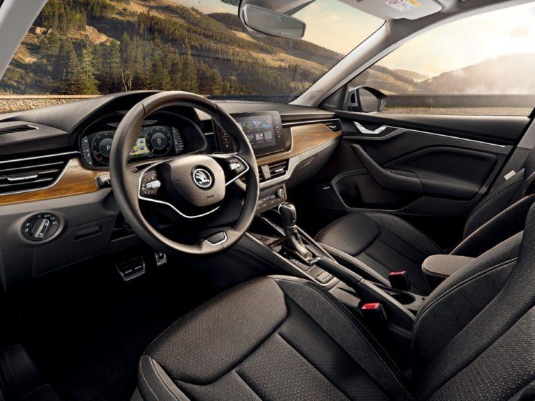 Škoda julkistaa kaksi uutta Octavia-mallia Genevessä