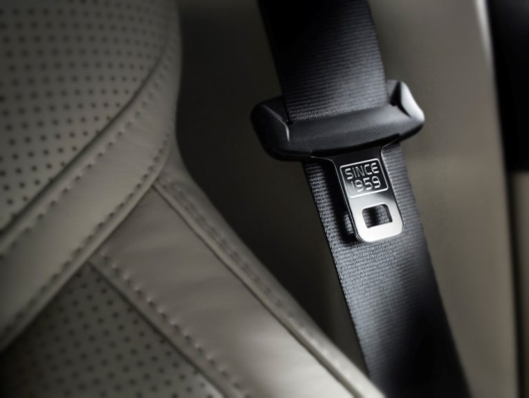 Volvo Cars haluaa maailmanlaajuisesti parempaa liikenneturvallisuutta