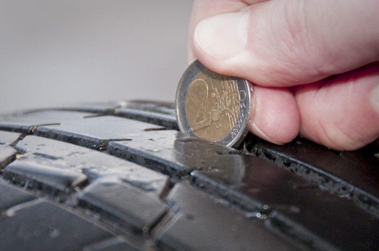 Rengasratsia: Hyvätkään renkaat eivät auta, jos vauhtia on liikaa