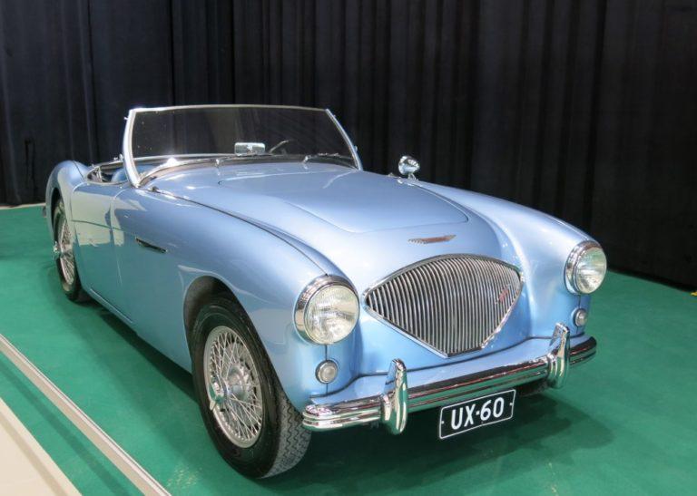 Päivän urheiluauto: Austin-Healey 100 BN1 1954