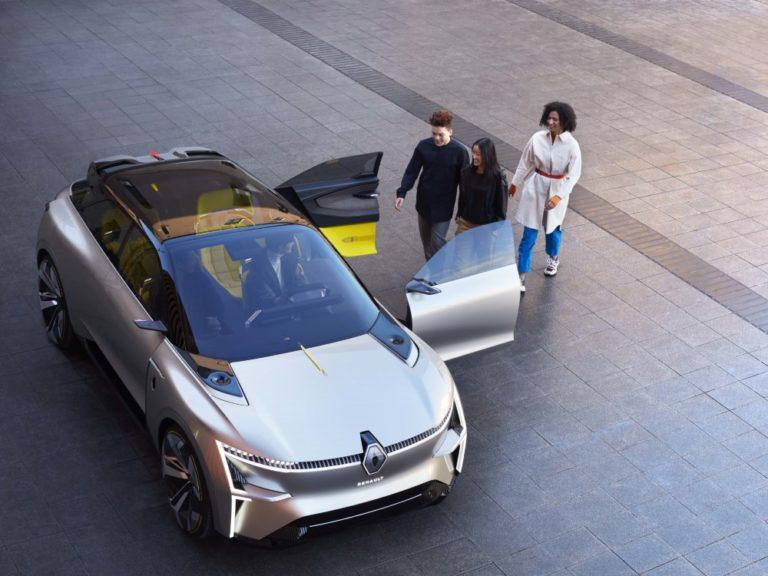 Renaultin tulevaisuuden sähköauto Morphoz venyy tarvittaessa pituutta!