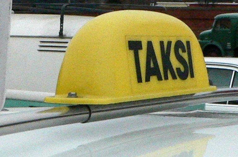 Autotoday 10 vuotta sitten: Maxi-taksit pois liikenteestä lakimuutoksen avulla