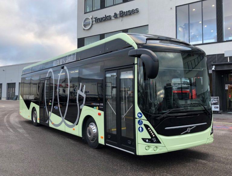 Volvon täyssähköbussi tutustumiskäyttöön Suomeen