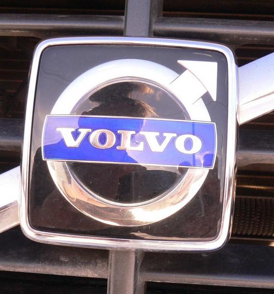 Autotoday 10 vuotta sitten: Volvon myynti Kiinaan sinetöitiin