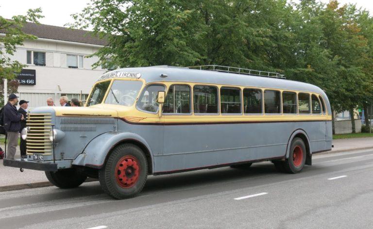 Päivän linja-auto: Pakkalan liikenteen Sisu L 54 vuodelta 1950
