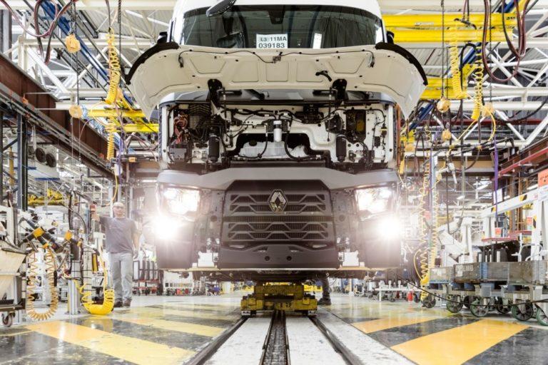 Renault Trucksin tehtaat käynnistyvät Ranskassa