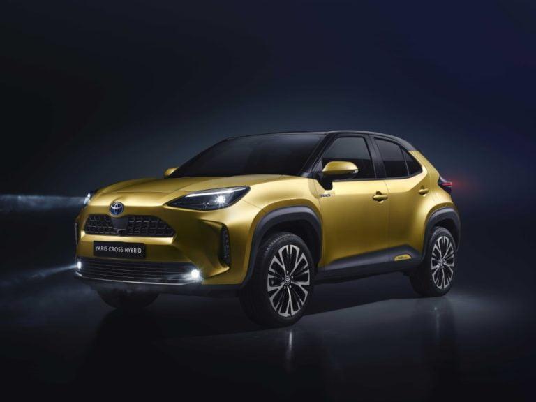 Syksyllä Suomeen saapuva Toyota Yaris Cross on nyt hinnoiteltu ja ennakkomyynnissä