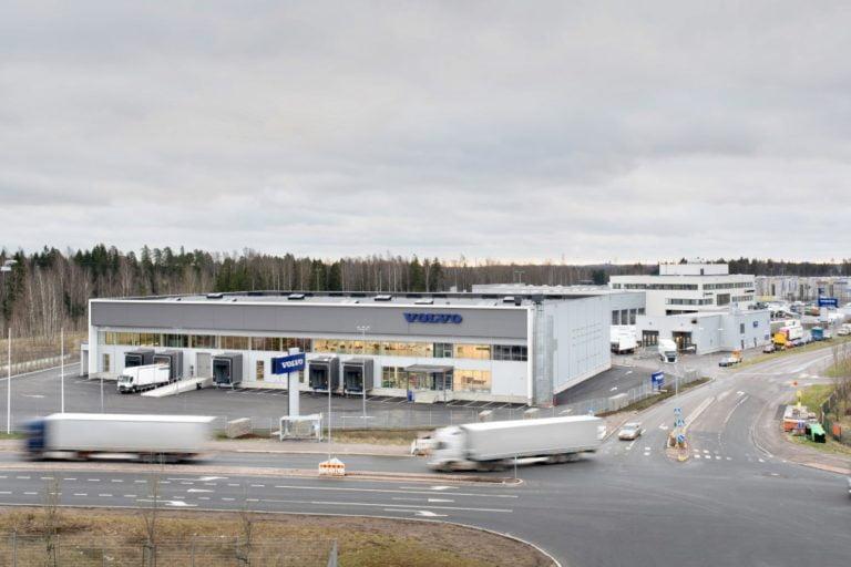 Volvo kuorma-autojen varaosalogistiikka ja korjaamot palvelevat normaalisti