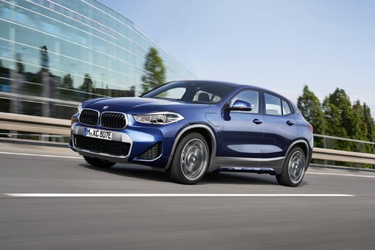 BMW tuo ensimmäisen pistokehybridin Sports Activity Coupé -segmenttiin