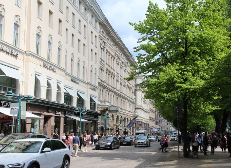 Liikenteen vaikutus pääkaupunkiseudun ilmanlaatuun on vähentynyt viime vuosina