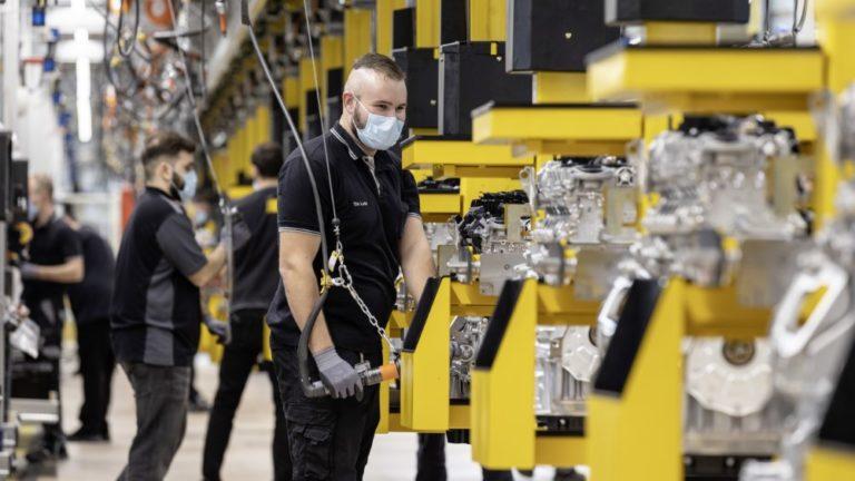 Mercedes-Benzin tuotanto on taas käynnissä