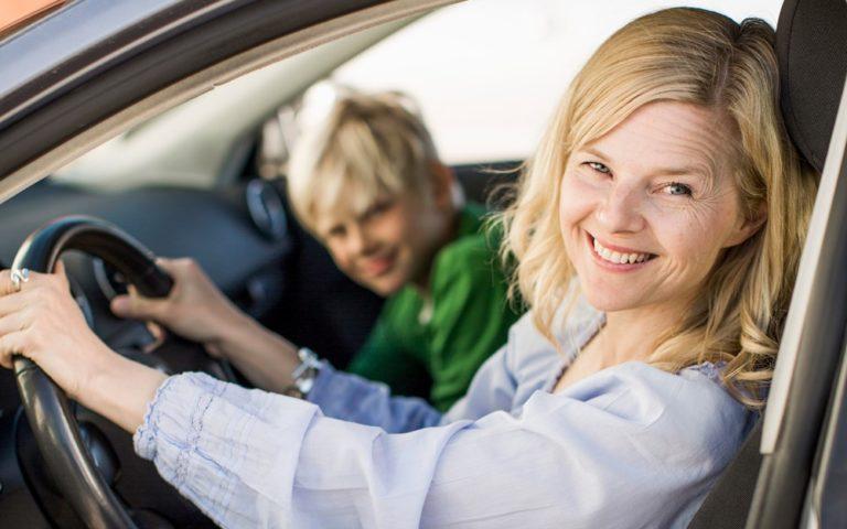 Kysely: Suomalaiset haluavat taloudellisen, turvallisen — ja hyvännäköisen auton