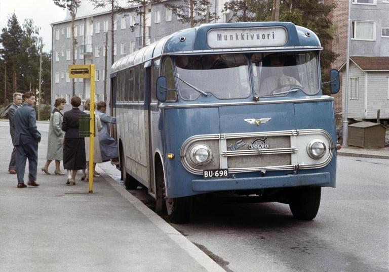 Päivän linja-auto: Suomen Turistiauton Volvo Munkkivuoressa