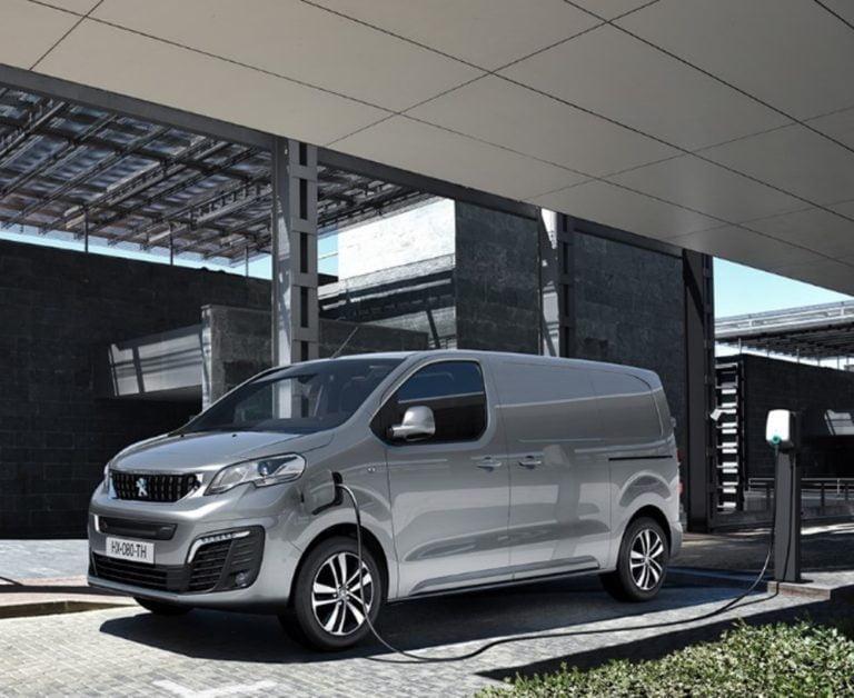 Peugeotin sähköinen pakettiauto on nyt tilattavissa — toimitus vuoden lopussa