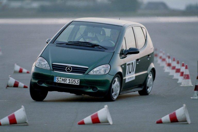 Epäonnistunut hirvenväistö vauhditti ajonvakautuksen käyttöönottoa