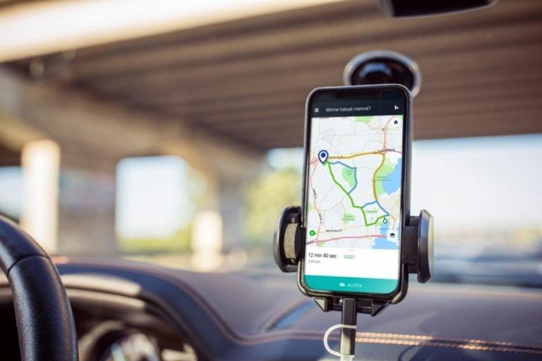 Päästövähennys olisi merkittävä, jos navigaattori ehdottaisi vähäpäästöisintä reittiä!