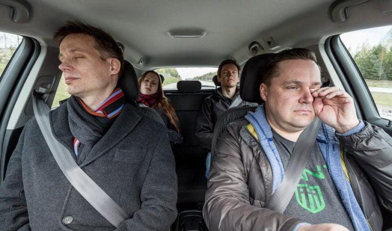 Väsymys vaanii kuljettajia — joka seitsemäs pelännyt nukahtavansa rattiin!