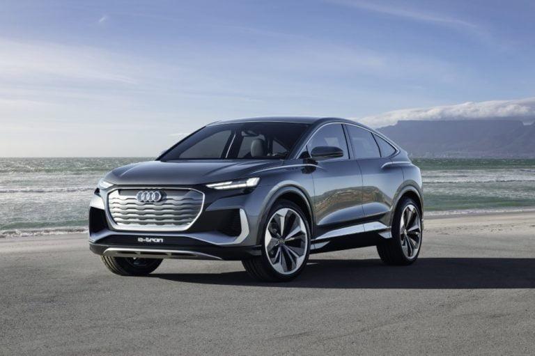Audi esittelee Q4 e-tron -konseptiautosta nyt myös Coupé-mallin