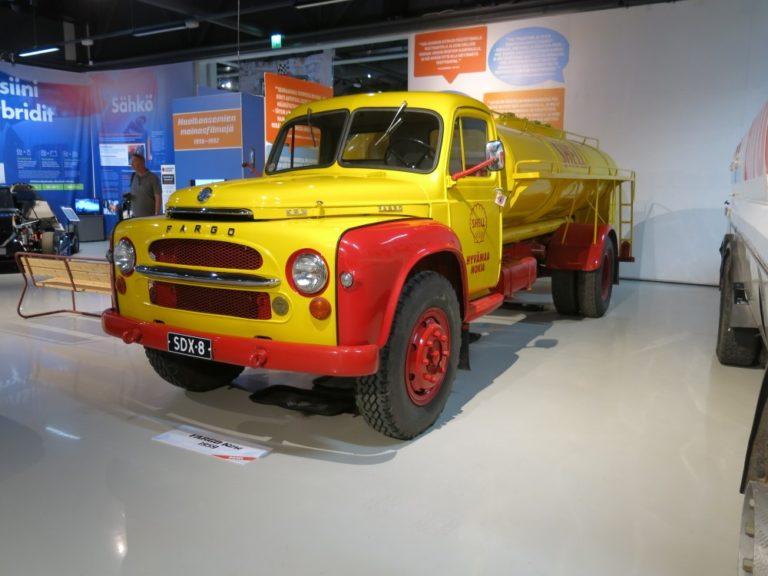 Päivän museoauto: Shellin säiliöauto Fargo Kew LF 225