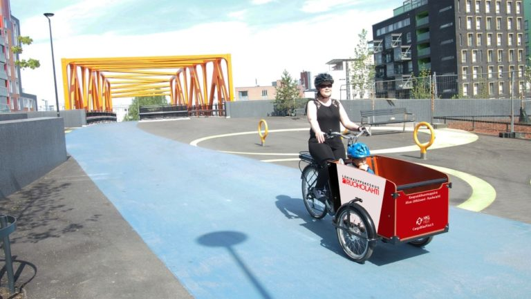Helsingissä kokeillaan yhteiskäyttöisiä kuormapyöriä