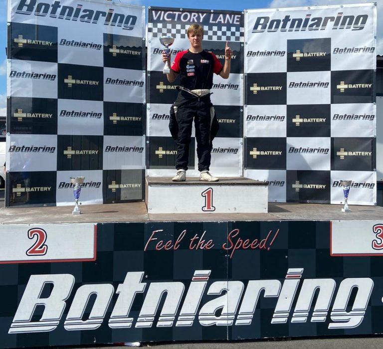 Leevi Lintukanto voitti Botniaringin viikonlopun kaikki kolme Legends-kisaa