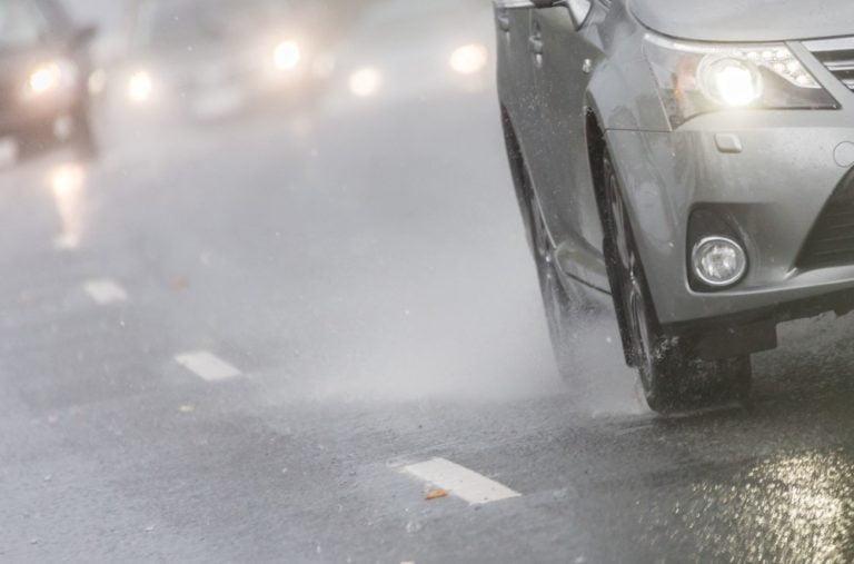 Autoihin tulossa älyrenkaita — ensimmäiseksi sähköautoihin