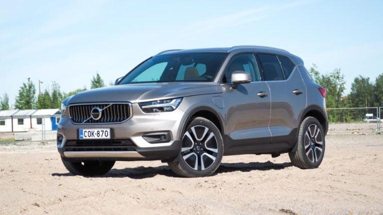 Autotoday tutustui: Volvo XC40 T5 TwE Business Inscription aut. — kolmisylinterisen murinaa ja sähkön ininää