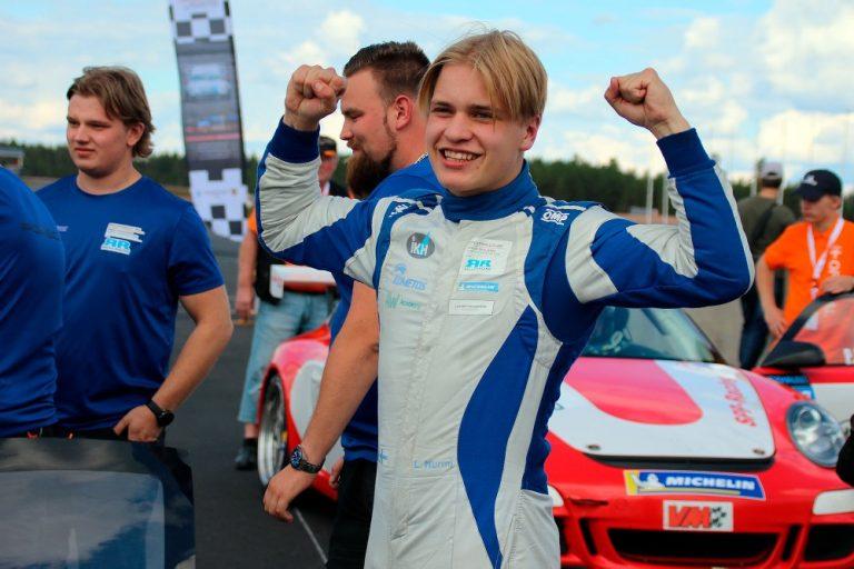 16-vuotias Luka Nurmi voitti Porsche-sarjan mestaruuden