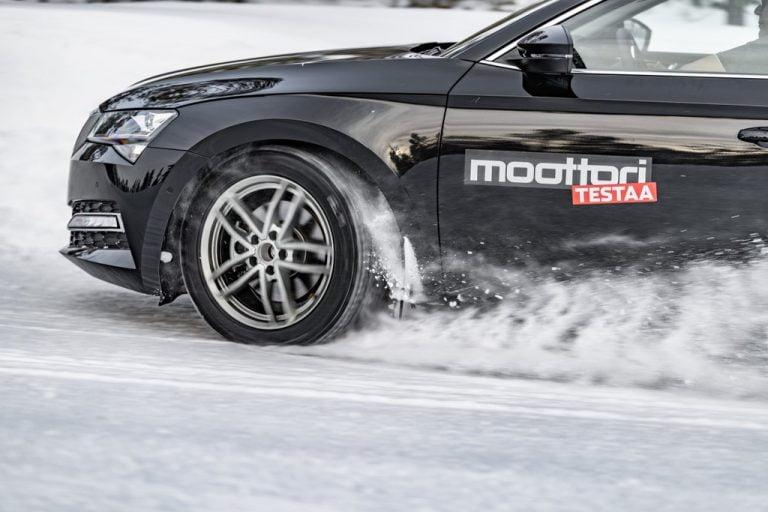 Moottorin nastarengastestissä yllättävä lopputulos — paras rengas hylättiin!