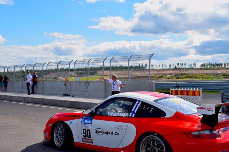 Luka Nurmi Porsche-sarjan kärkeen Kymiringin viikonvaihteen jälkeen