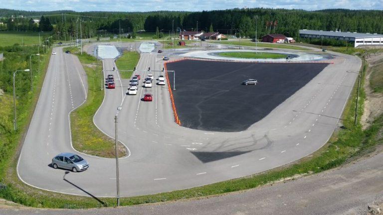 Moottoripyöräilyn turvatapahtuma keskiviikkona Vantaalla
