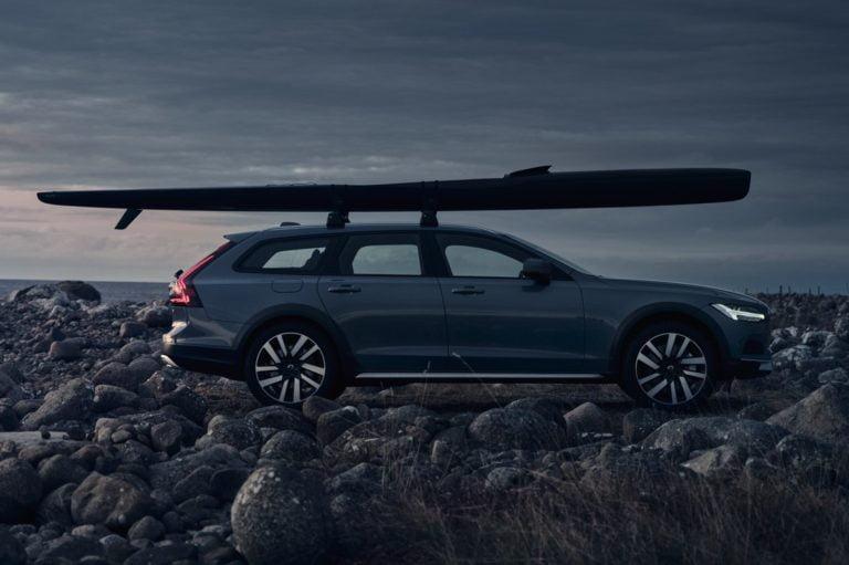 Uudistuneet Volvo -mallit esillä Helsingin Lauttasaaren venenäyttelyssä