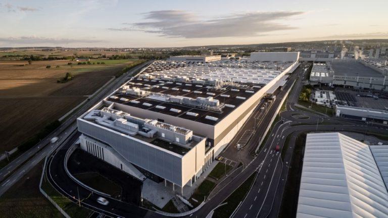 Mercedes-Benzin S-sarjan uusi Factory 56 -niminen tehdas on nollapäästöinen