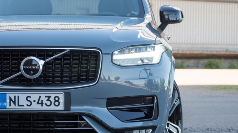 Volvo Carsin maailmanlaajuinen myynti kasvoi kahden ensimmäisen kuukauden aikana