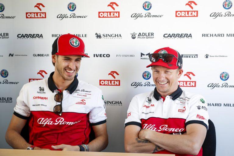 F1: Nyt se varmistui — Kimi Räikkönen jatkaa vielä vuoden Alfa Romeon kanssa