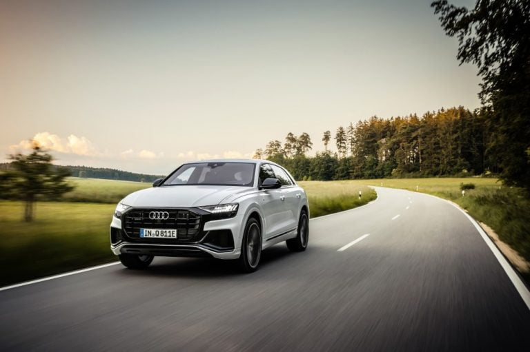 Audin Q8-malliperhe täydentyy ladattavalla hybridillä — tehoa jopa 462 hv