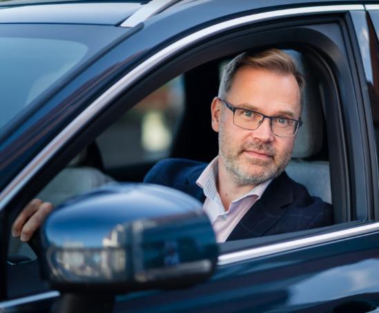 Suoraan sanottuna: Autoilu ei muutu ekologisemmaksi politikoimalla