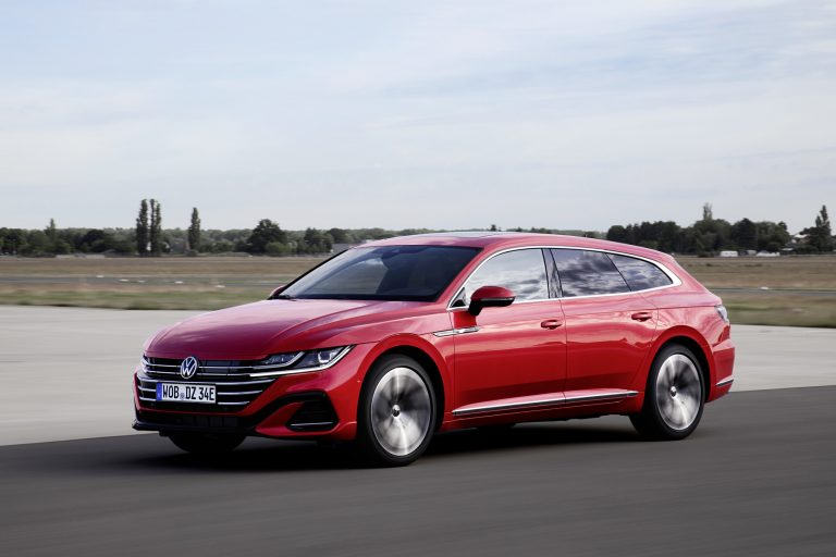 Volkswagen Arteon Shooting Brake -malliston myynti on alkanut
