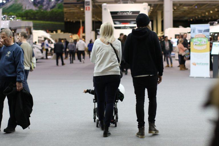 Helsingissä tammikuun lopussa automatkailu- ja caravan-messut