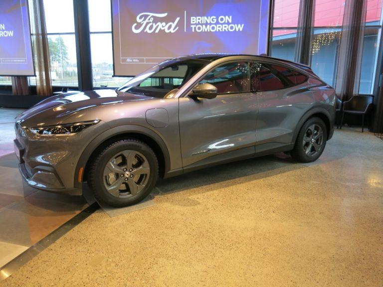 Fordin sähkö-Mustangin halvin versio maksaa alle 50 000 €