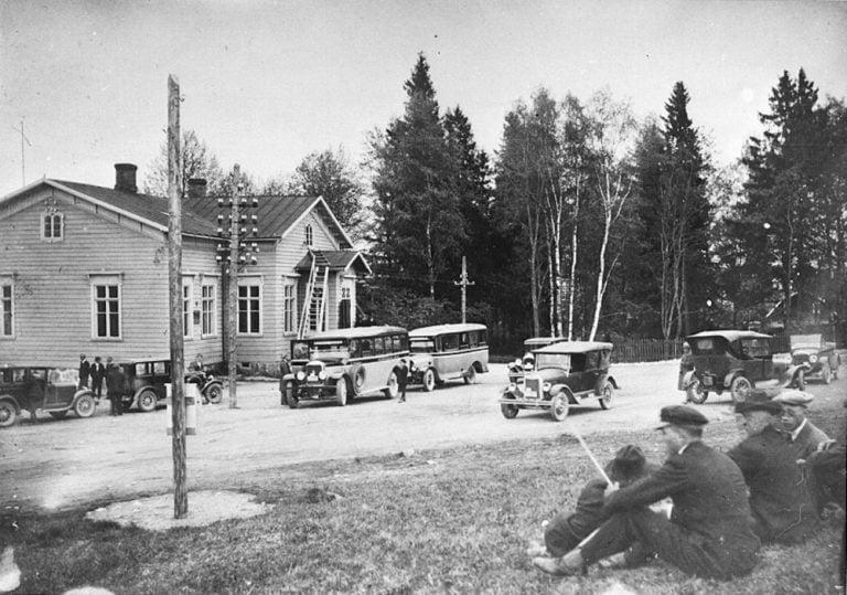 Päivän taksiauto: Järvenpään taksiasema 1920-luvulla