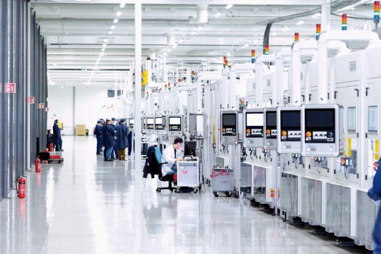 Valmet Automotiven Salon akkutehtaan laajennus kaksinkertaistaa työntekijämäärän