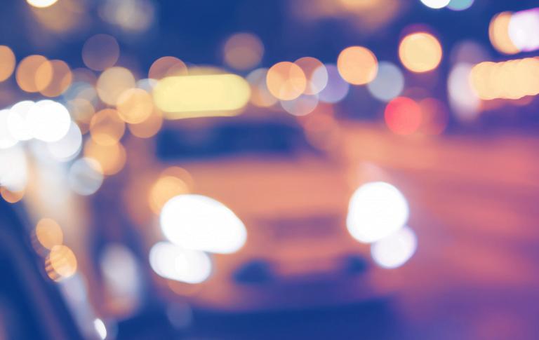 """""""Taksinkuljettajan ajatellaan tietävän kaiken, mutta silti asiakkaat puhuvat aina samoista aiheista"""""""