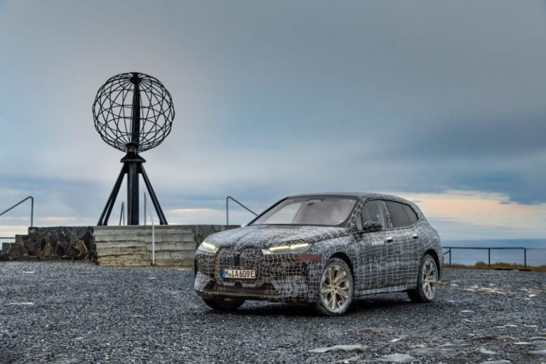 BMW:n tulevan sähköauton viimeiset talvitestit ajetaan Lapissa