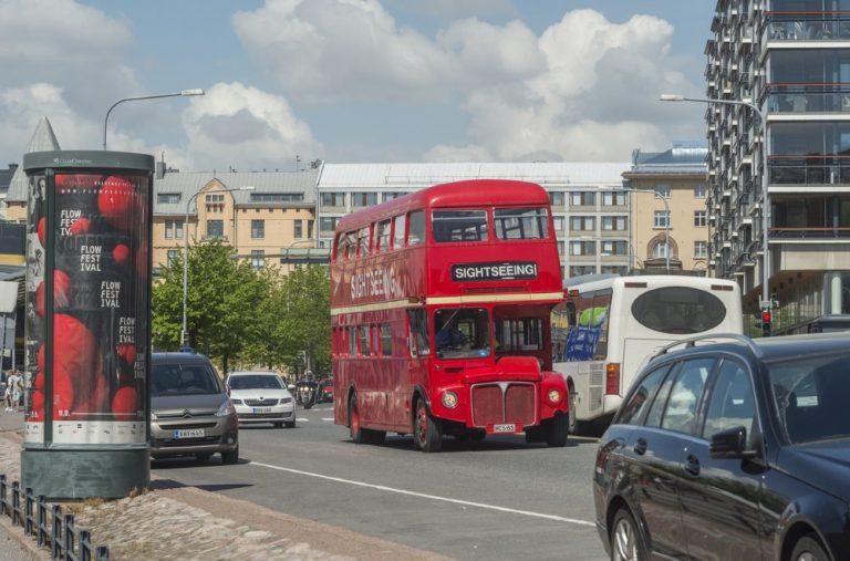 Päivän linja-auto: Lontoon bussi Helsingissä