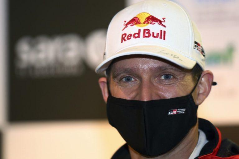 WRC: Tapahtumarikas aamupäivä Sardinian rallissa — Tänakin matka päättyi