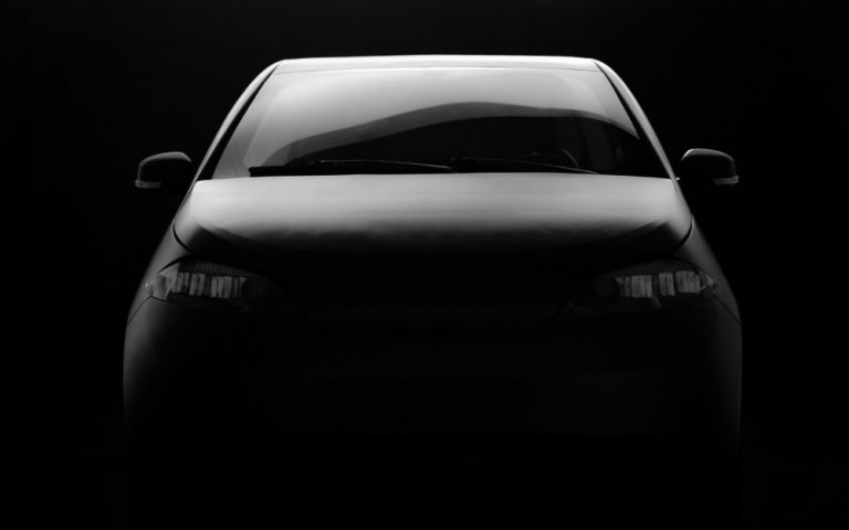 Aurinkosähköautosta julkistetaan uusi prototyyppi tammikuussa