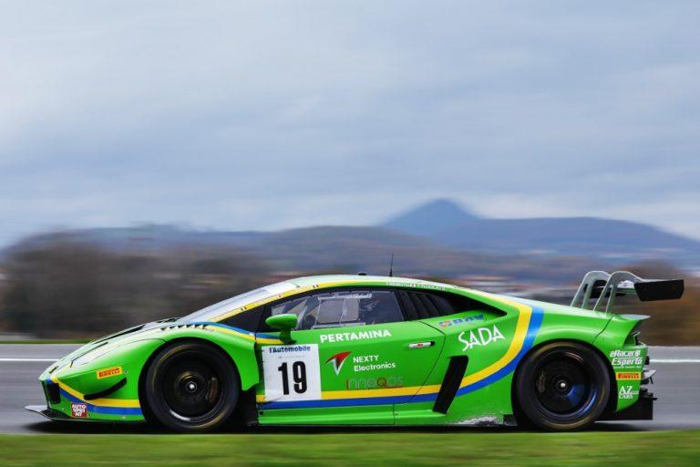 Tuomas Tujula on Italian urheiluautojen GT Sprint -sarjan mestari